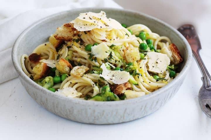 Zucchini, Pea and Mint Spaghetti