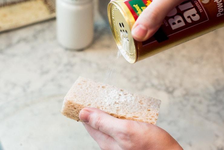 Bon Ami natural powder cleanser