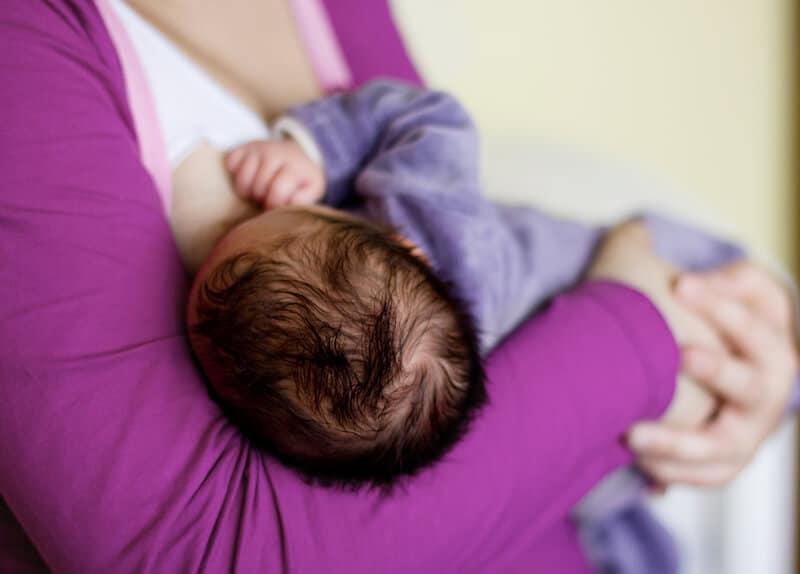 breastfeeding_essentials_new_mothers