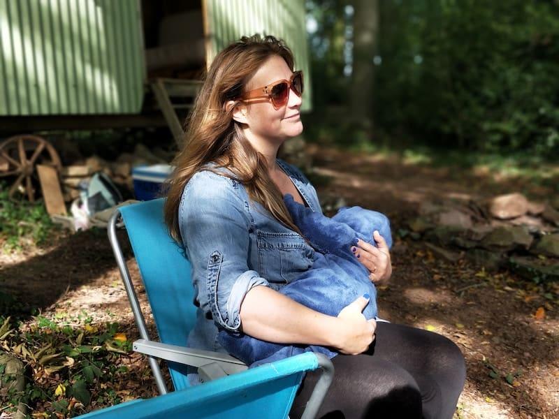 Breastfeeding essentials: just mum!